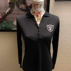 Tag attached long sleeve raider half button